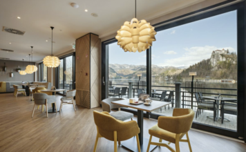 Park Cafe at Lake Bled, Sava Hotels Bled